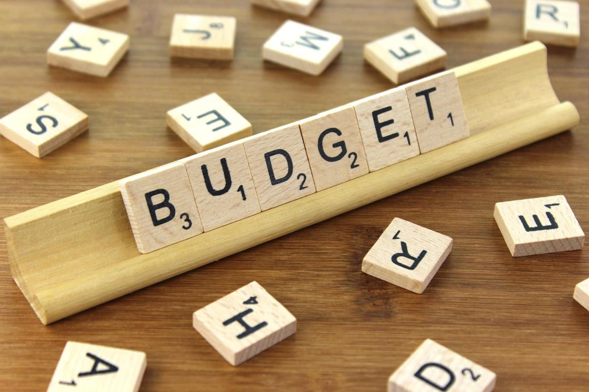 Seven Handy Tips for Budgeting YourFinances